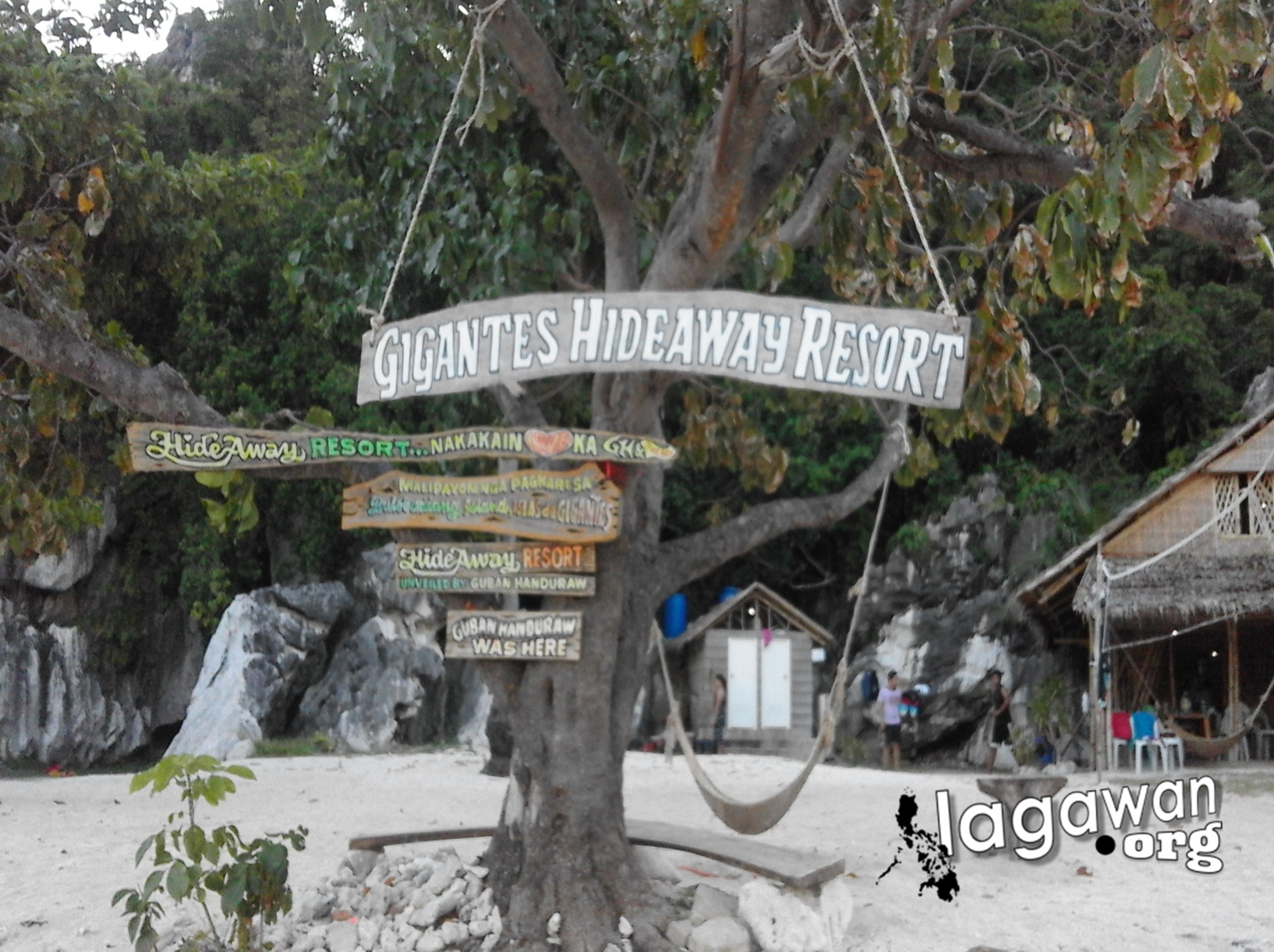 Isla de Gigantes Hideaway Resort Entrance